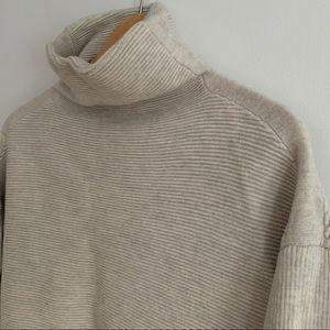 Aritzia Babaton tunic sweater 100% merino